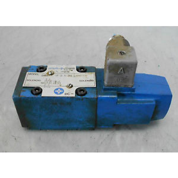 Vickers Cuinea Hydraulic Directional Control Valve, DG4V3 2A U H 20 S300 LH, WARRANTY #1 image