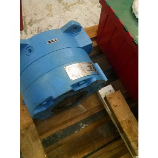 Vickers Guyana  MHT hydraulic motor for Van Dorn Injection Molding Machine #1 image