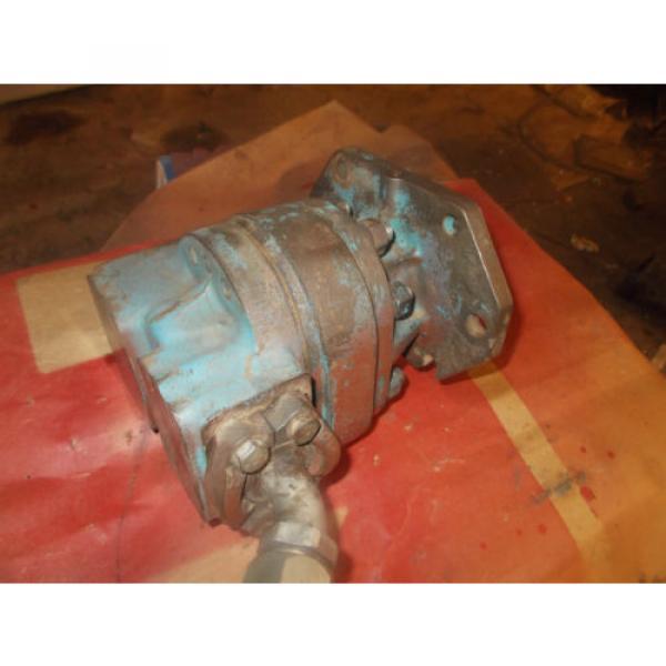 Case Uruguay Excavator Vickers Hydraulic Gear Pump S516537 #1 image
