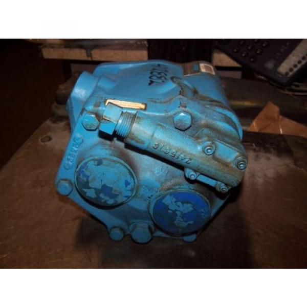 Origin Cuinea VICKERS VARIABLE DISPLACEMENT HYDRAULIC AXIAL PISTON PUMP PVB20-RS-20-CM-11 #4 image