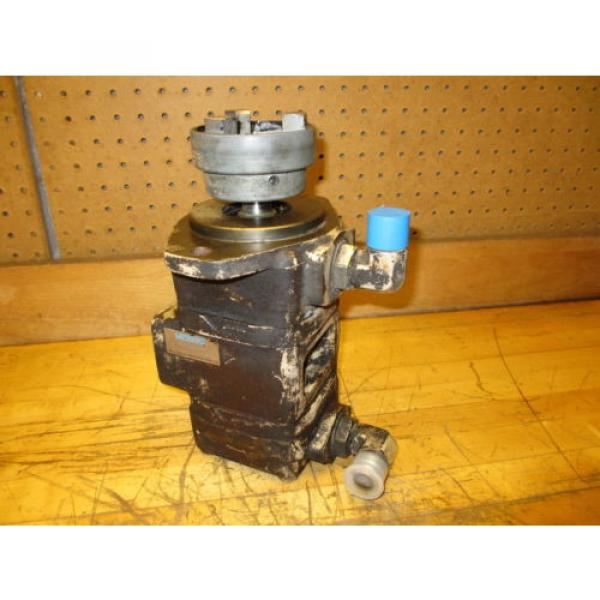 Vickers France  V2020 1F6S6S 1AA 30 Hydraulic Double Vane Pump 2305582-1 #1 image