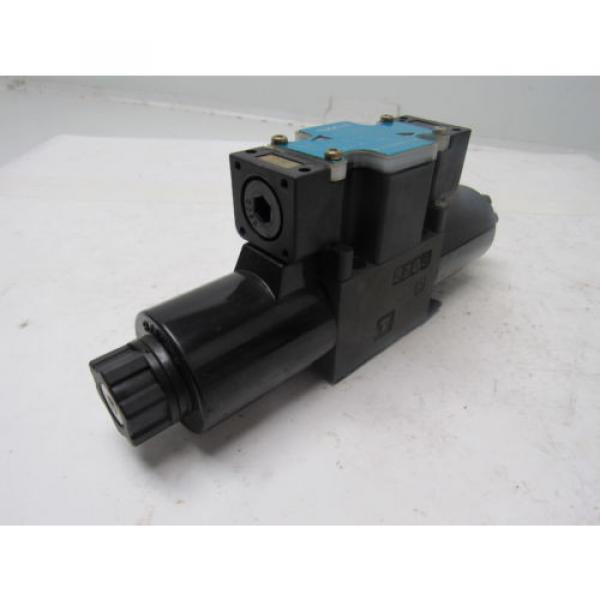 Nachi Guatemala  SL-G01-C5-R-D2-31 Hydraulic Solenoid Directional Control Valve Wet Type #4 image